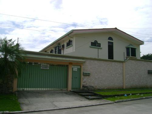 Foto Departamento en Renta en  Villa Eugenia,  San Pedro Sula  Townhouse en Renta Col. Villa Eugenia