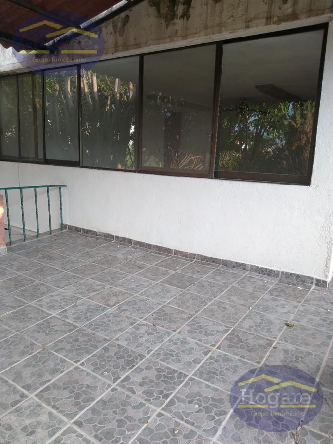 Bodega en renta Jardines de San Pedro excelente ubicación en León Guanajuato