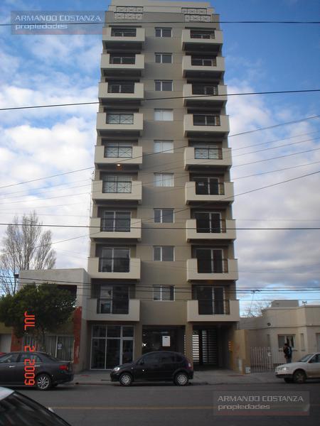 Foto Departamento en Alquiler en  Puerto Madryn,  Biedma  AV. GALES Nº 166,  2º piso A