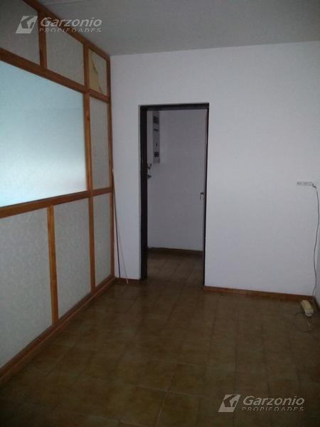 Foto Departamento en Alquiler en  Trelew ,  Chubut  A P Bell al 300