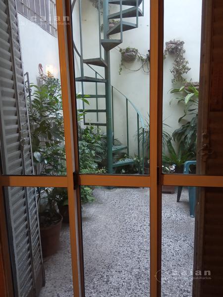 Foto PH en Venta en  Caballito ,  Capital Federal  AV Jose Maria Moreno al 300