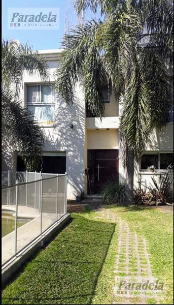 Foto Casa en Venta |  en  Barrio Parque Leloir,  Ituzaingo  De la Doma al 200