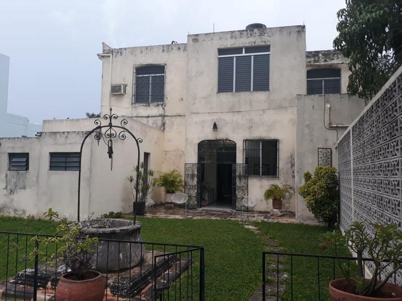 Foto Casa en Venta en  AlcalA Martín,  Mérida  Se Vende Casona sobre la Avenida del Deportista