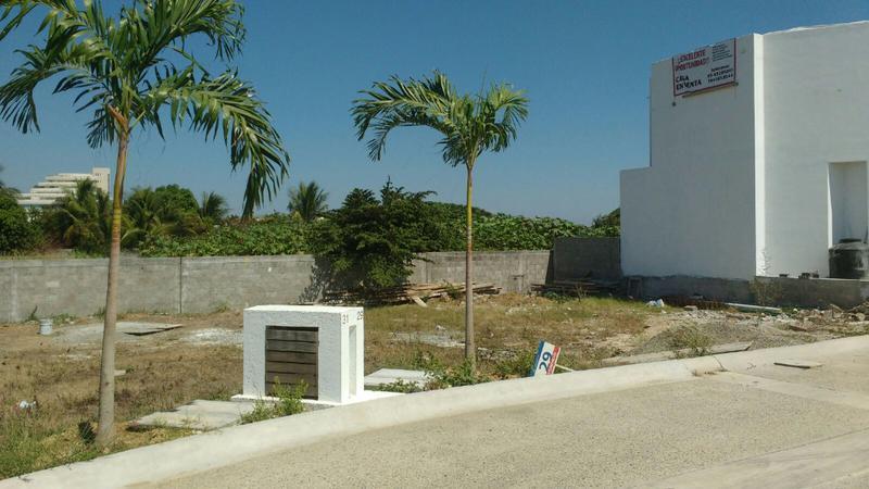 Foto Terreno en Venta en  Desarrollo Punta Caracol,  Acapulco de Juárez  Punta Caracol