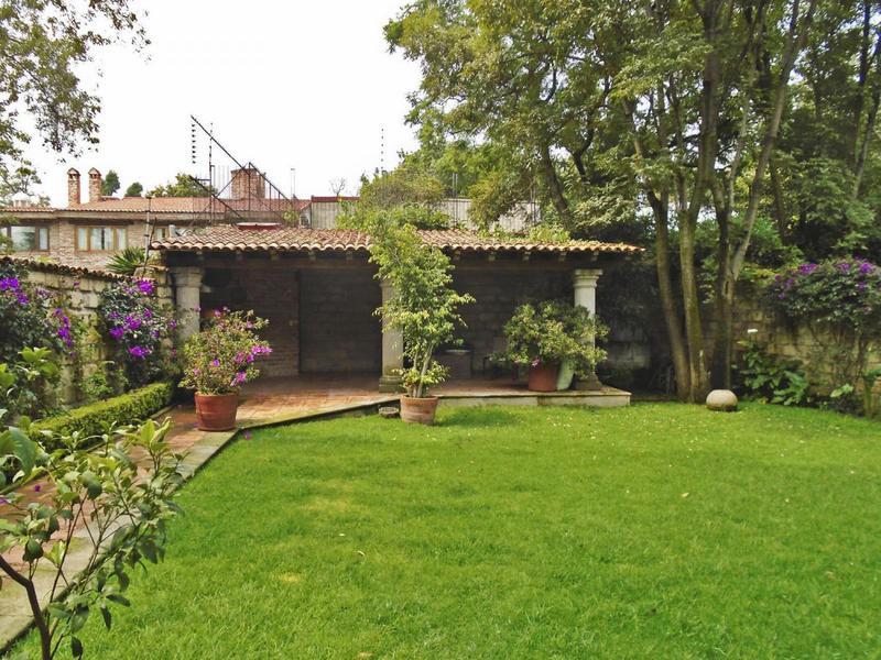 Foto Casa en Renta en  La Magdalena Contreras ,  Distrito Federal  Casa en Condominio en Morelos, San Jeronimo. Con ampio Jardín!