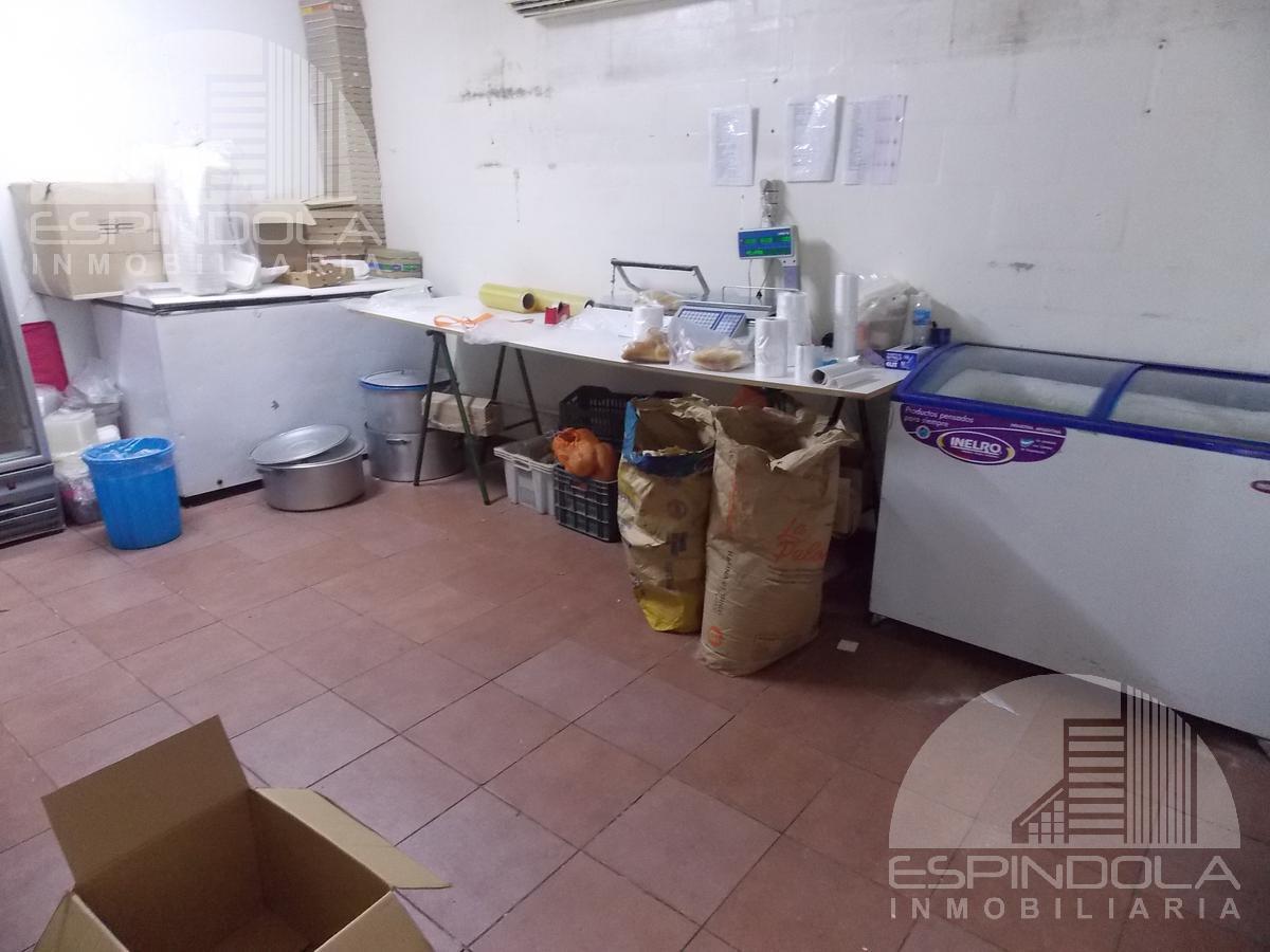 Foto Local en Venta en  Centro,  Merlo  Presbítero Becerra