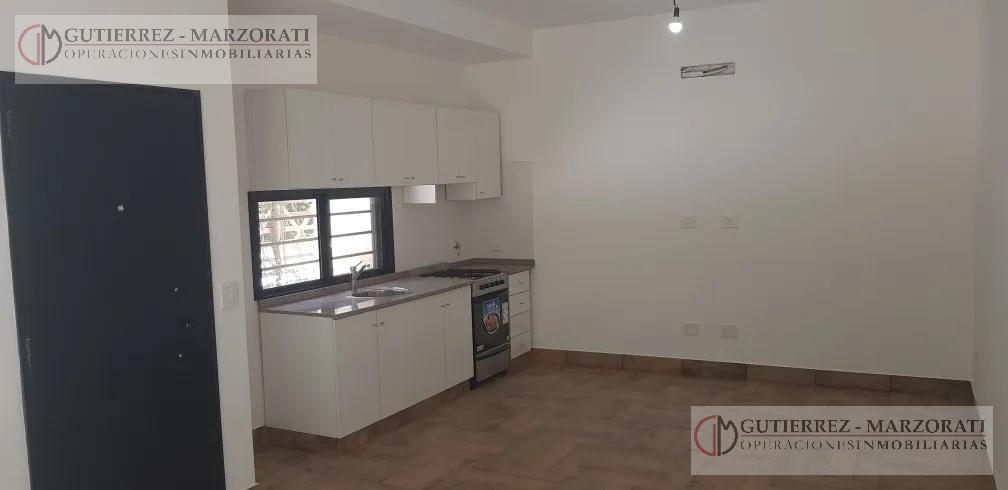 Foto Casa en Venta en  Robles del Monarca,  Pilar  Las Acacias  al 2600