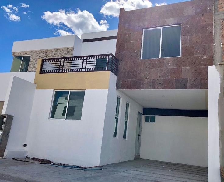 Foto Casa en Venta en  Fraccionamiento Jardines de San Antonio,  Durango  CASA NUEVA A UNA CUADRA DE BVLD. FIDEL VELAZQUEZ,  FRAC. JARDINES DE SAN ANTONIO