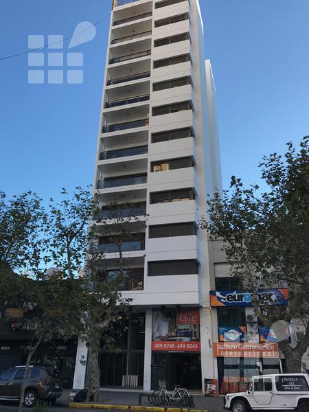 Foto Departamento en Alquiler en  La Plata ,  G.B.A. Zona Sur  Diag 74 y 10