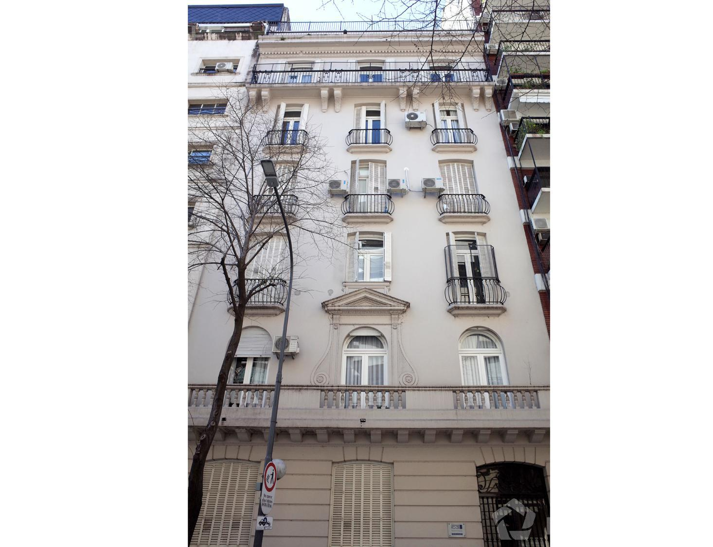Departamento-Venta-Recoleta-Quintana e/ Montevideo y Parera