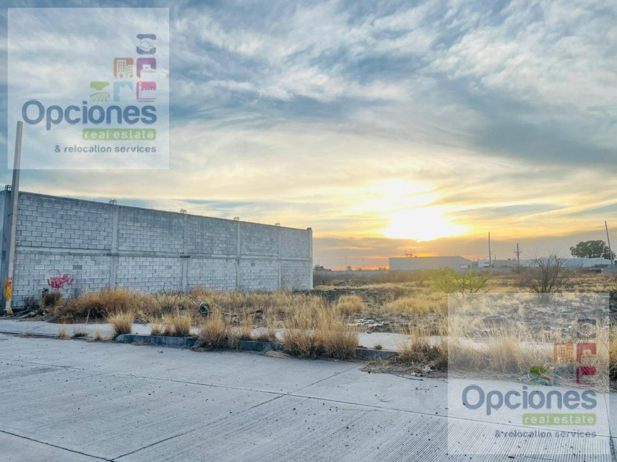 Foto Terreno en Venta en  Salamanca ,  Guanajuato  Zona Industrial Salamanca