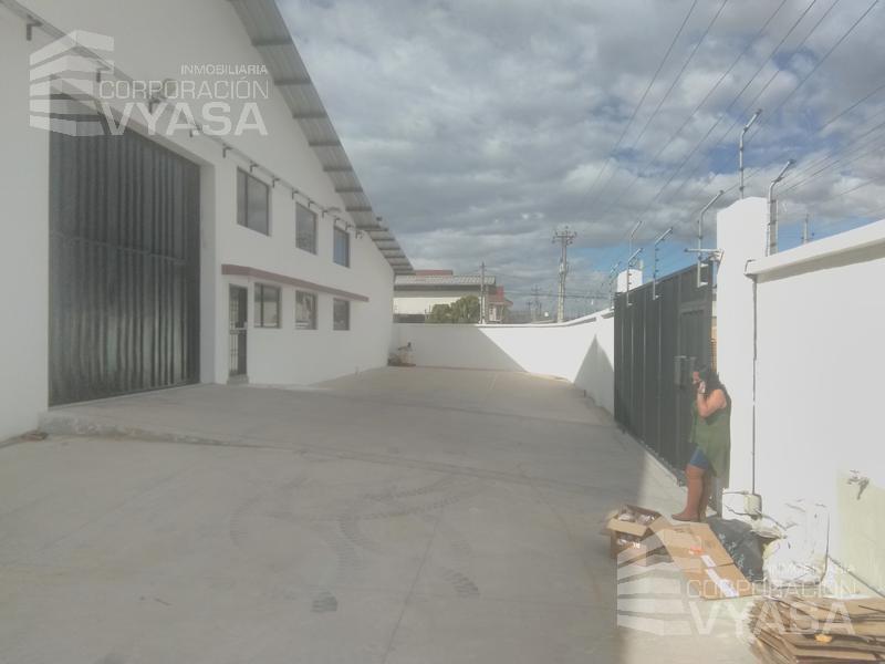 Foto Bodega en Alquiler en  Calderón,  Quito  CALDERÓN - MARIANITAS, BODEGA DE ALQUILER DE 1.000 M2