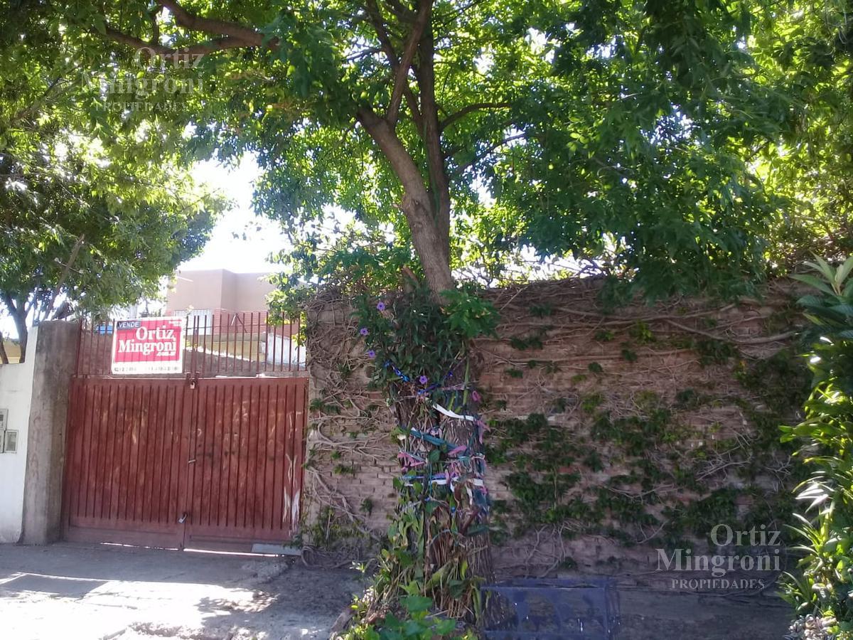 Foto Terreno en Venta en  Lomas De Zamora,  Lomas De Zamora  Vetere al 200