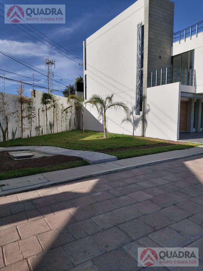 Foto Terreno en Venta en  Momoxpan,  San Pedro Cholula  Terreno en Venta en La Carcaña Momoxpan San Pedro Cholula Puebla