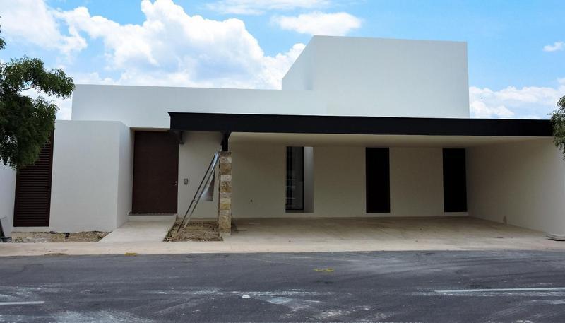 Foto Casa en Venta en  Pueblo Temozon Norte,  Mérida   Casa Solasta