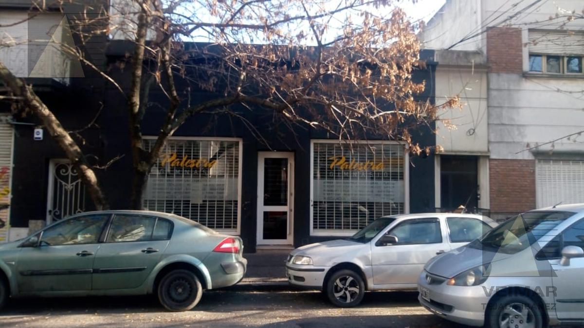 Foto Local en Venta en  La Plata,  La Plata  43 n°: 571 E/6 Y 7