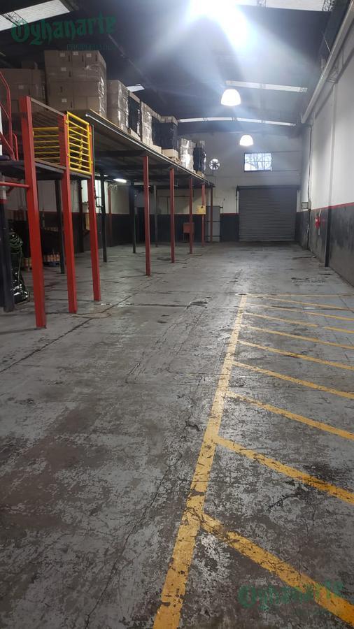 Foto Depósito en Venta en  Ituzaingó ,  G.B.A. Zona Oeste  Consejal Sequeira al 3900  INDUSTRIAL 500 m2 cub.