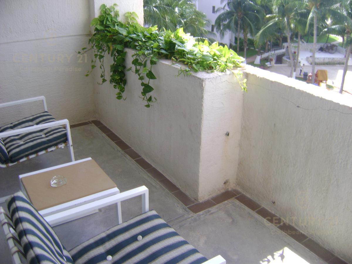 Zona Hotelera PH for Venta scene image 16