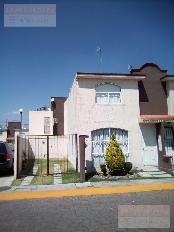 Foto Casa en condominio en Venta en  Campo Real,  Toluca  Tenochtitlan, Campo Real, Santa Maria Totoltepec