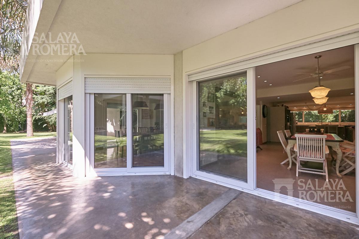 Foto Casa en Venta en  Martinez,  San Isidro  Paraná 400 - Martinez