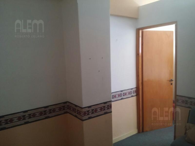Foto Oficina en Venta | Alquiler en  Lomas de Zamora Oeste,  Lomas De Zamora  PELLEGRINI 57