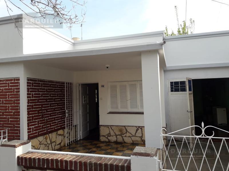 Foto Casa en Alquiler en  Llavallol,  Lomas De Zamora  NESTOR DE LA PEÑA 458