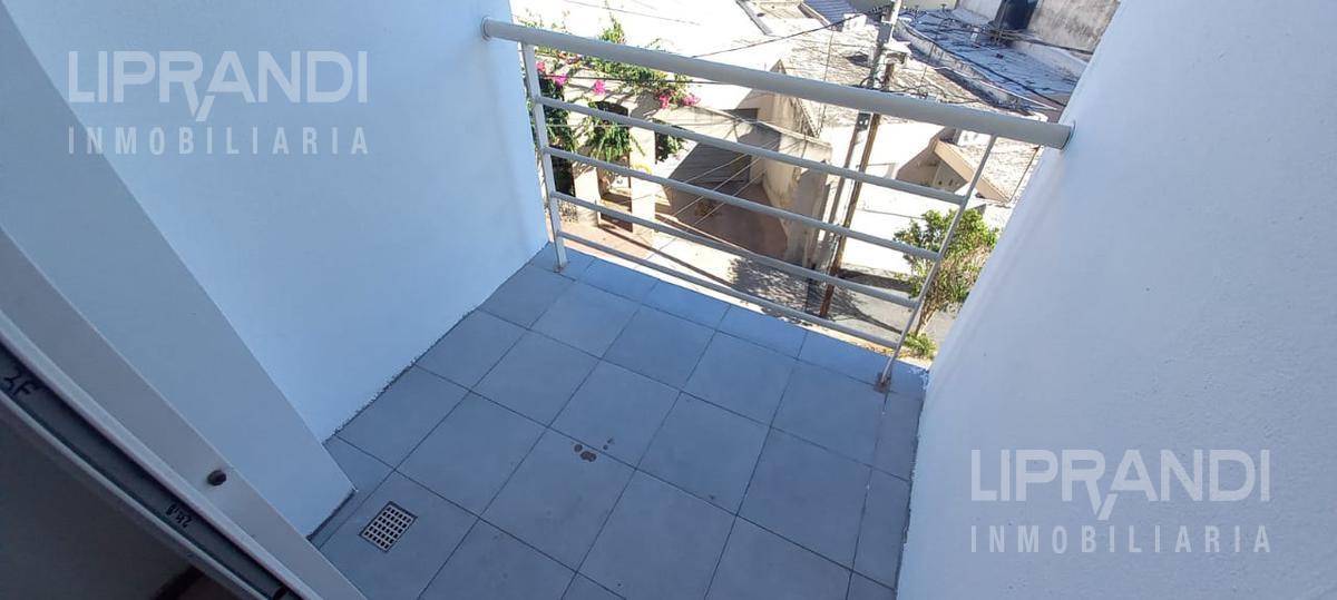 Foto Departamento en Alquiler en  San Martin,  Cordoba  CASTRO BARROS al 300 - APTO MASCOTAS -