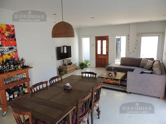 Foto Casa en Venta en  Adrogue,  Almirante Brown  URIBURU 1180