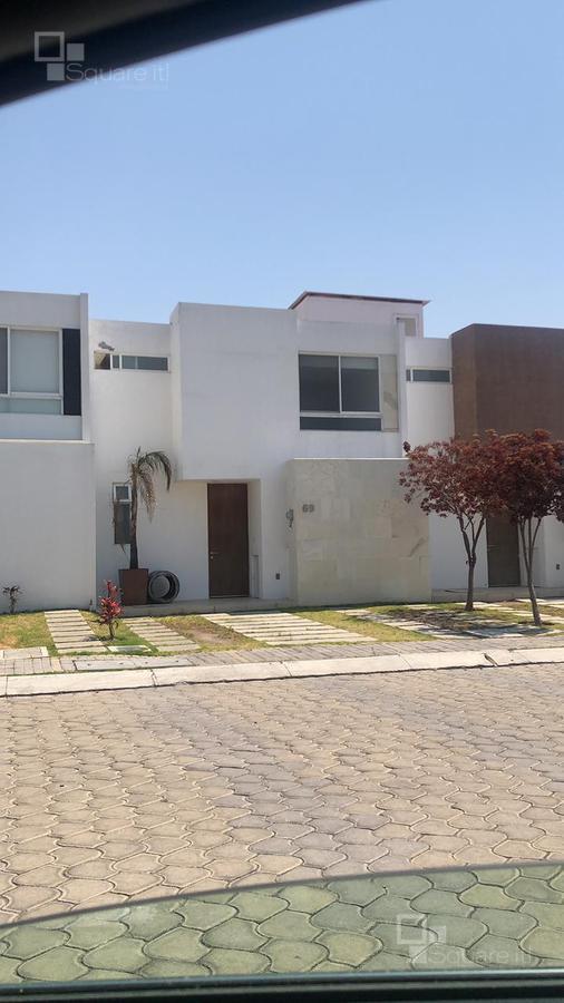 Foto Casa en Venta en  Fraccionamiento Lomas de  Angelópolis,  San Andrés Cholula  Casa de Remate, Parque Provenza, Cascatta, Lomas de Angelópolis