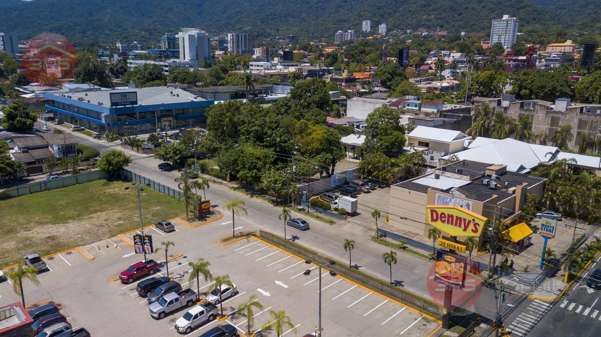 Foto Terreno en Venta | Renta en  San Pedro Sula ,  Cortés  ¡Excelente oportunidad comercial, fte a Dennys, San Pedro Sula!