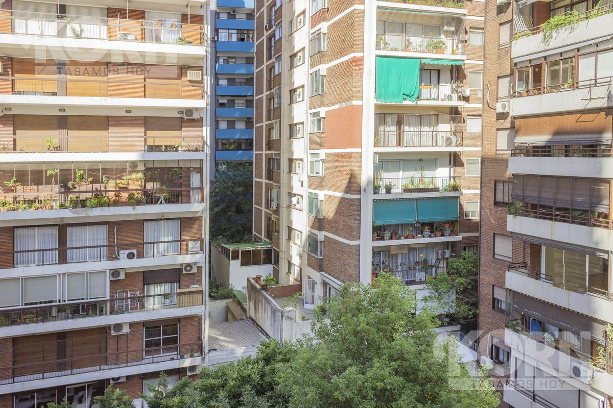 Foto Departamento en Venta en  Barrio Norte ,  Capital Federal  Billinghurst al 2000, entre Juncal y Beruti