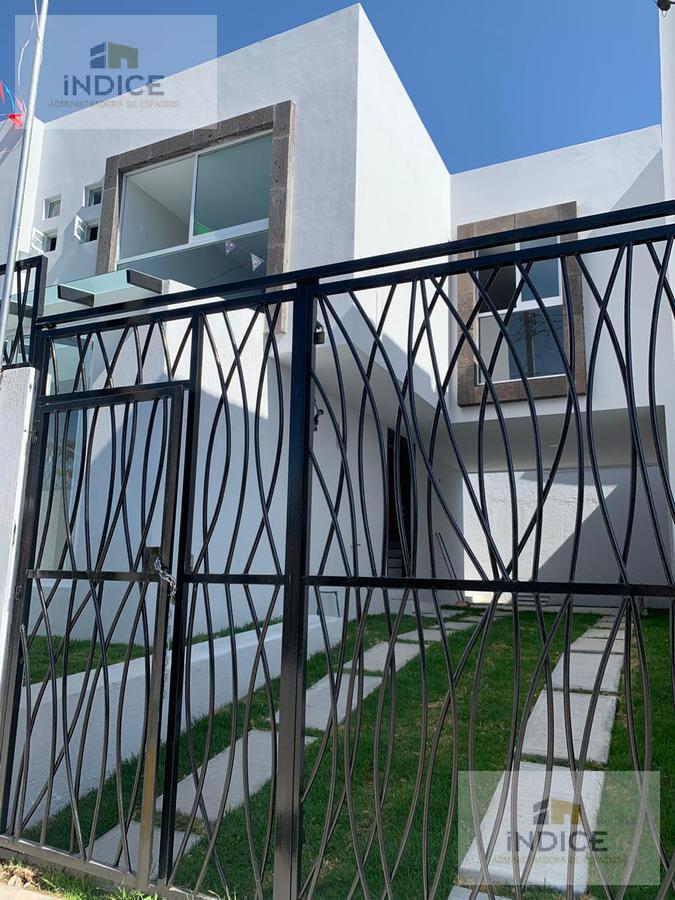 Foto Casa en Venta en  3 Cerritos,  Puebla  Col. 3 Cerritos (calle Benito Juárez)