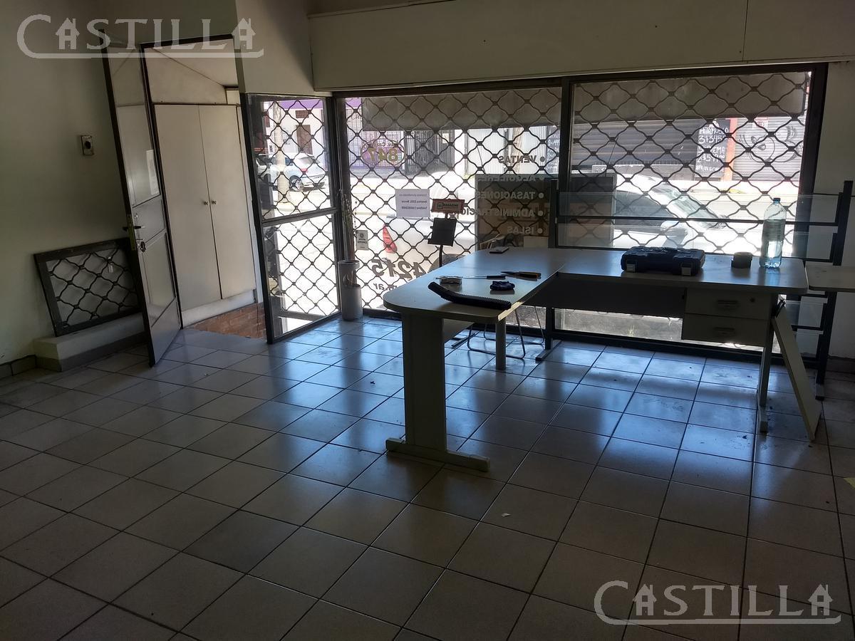 Foto Local en Alquiler en  Ciudad De Tigre,  Tigre  Av. Cazon al 800