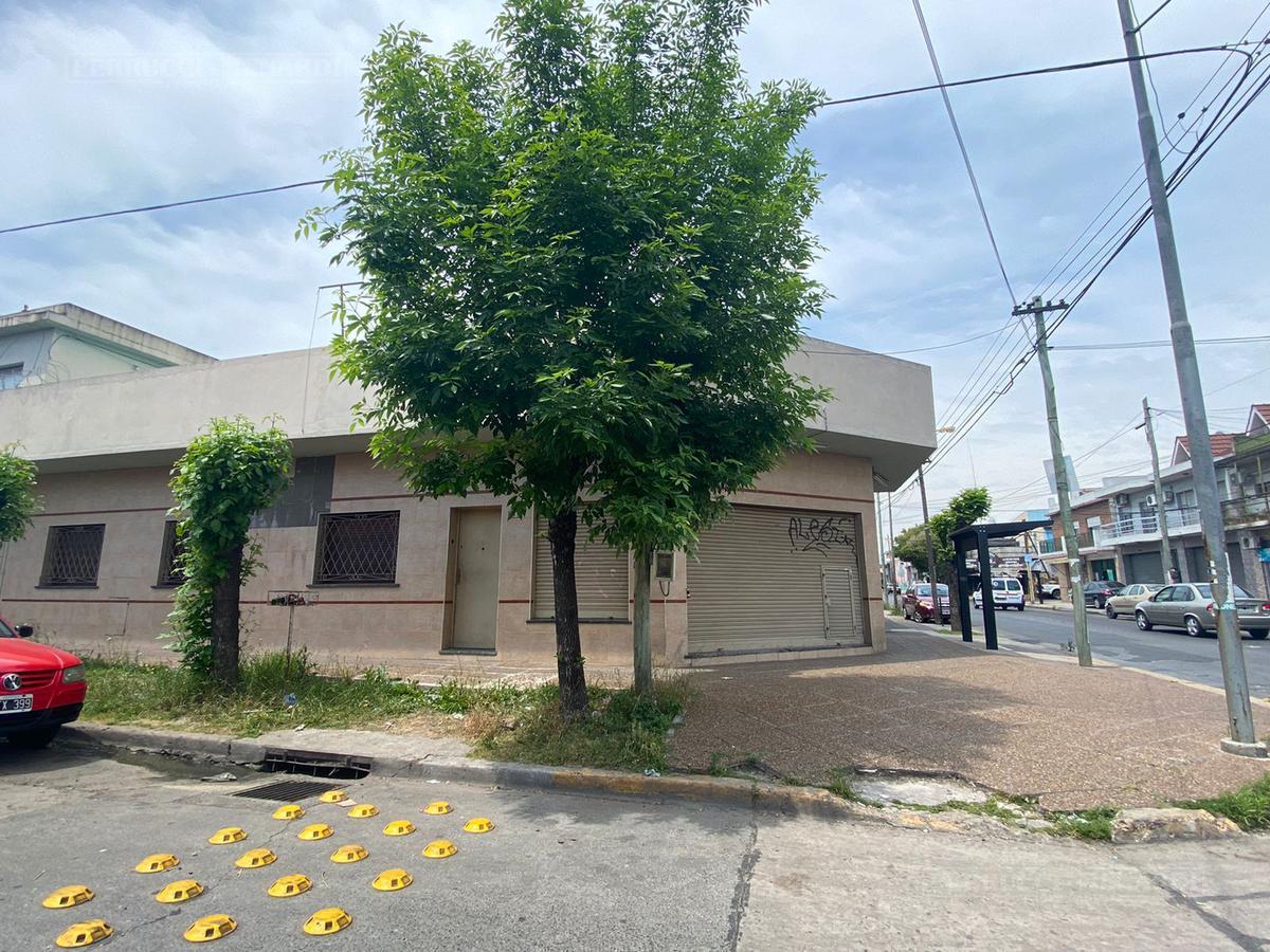 Foto Casa en Venta en  Villa Ballester,  General San Martin  Chacabuco al 4100