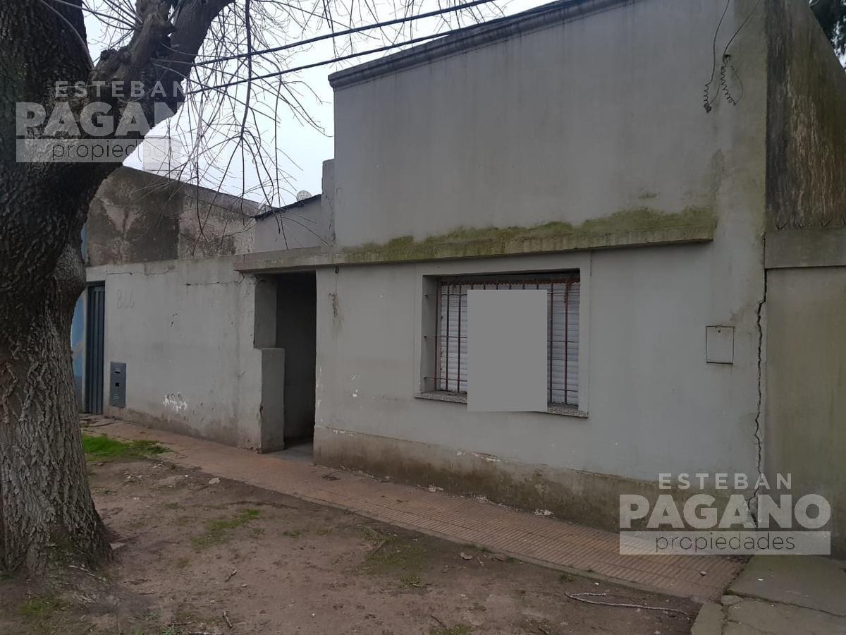 Foto Terreno en Venta en  La Plata,  La Plata  136 entre 49 y 50 N 866