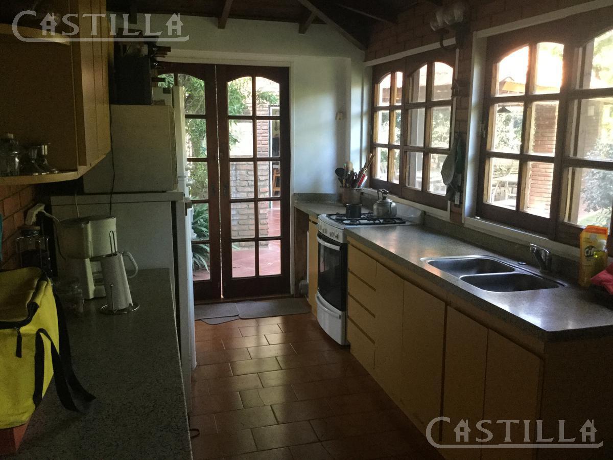Foto Casa en Venta | Alquiler en  Aranzazu,  Countries/B.Cerrado  Hoyo 14