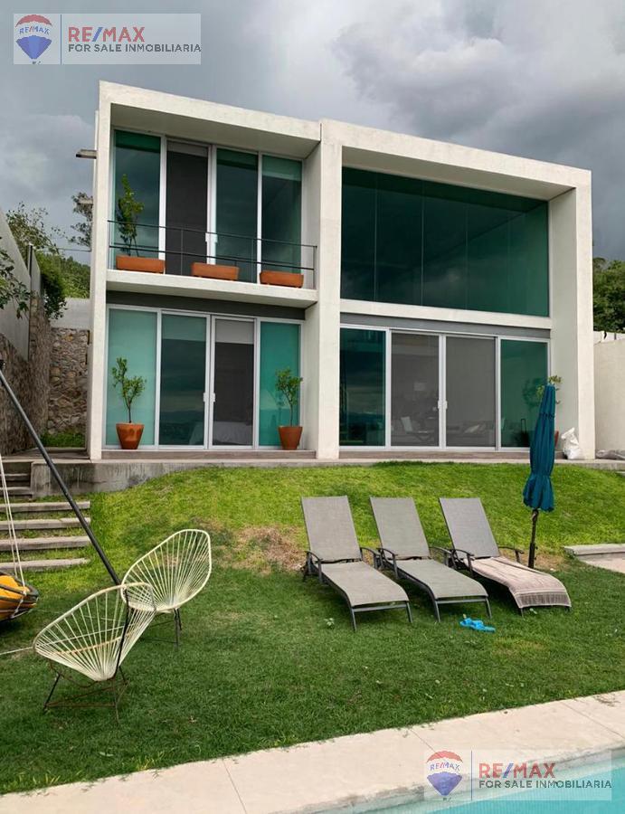 Foto Casa en Venta en  Pueblo Tequesquitengo,  Jojutla  Venta de casa en Tequesquitengo, Morelos…Clave  3600