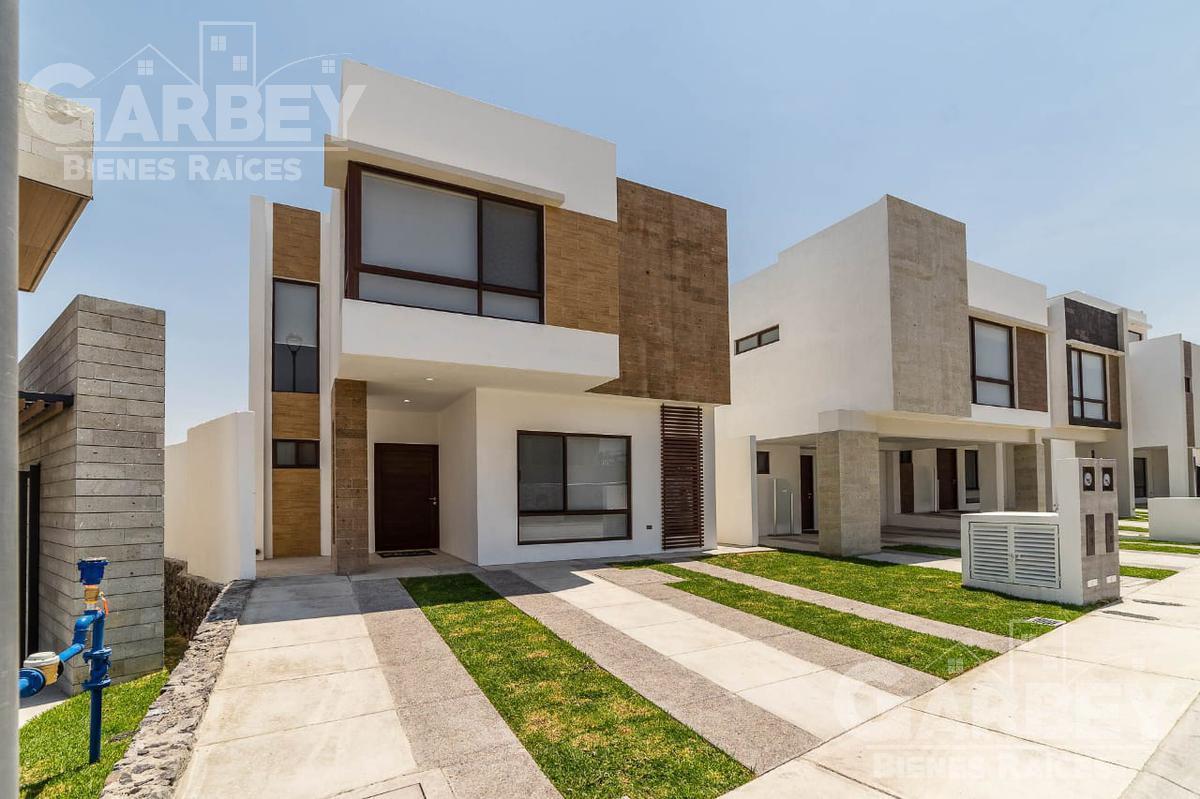 Foto Casa en condominio en Venta en  El Marqués ,  Querétaro  Zibata