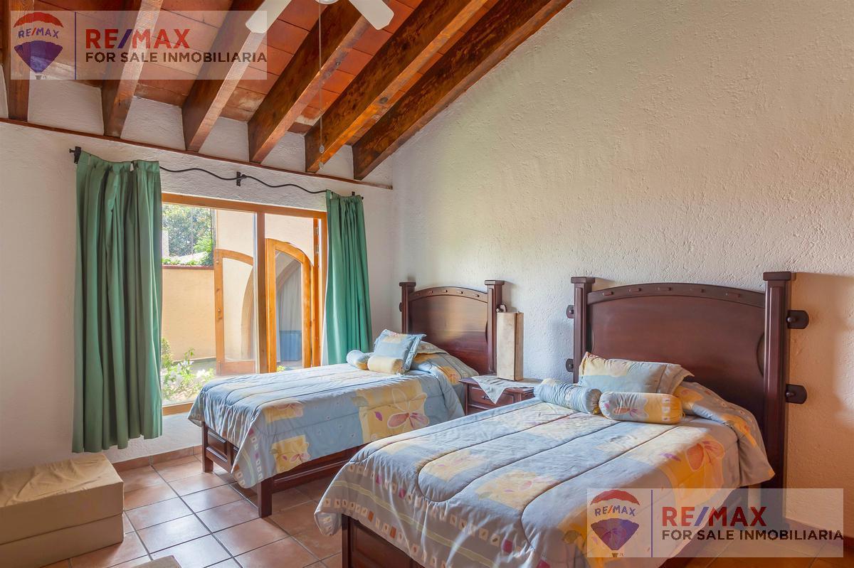 Foto Casa en Venta | Renta en  Vista Hermosa,  Cuernavaca          Venta de casa, Fracc. vigilancia, Vista Hermosa, Cuernavaca…Clave 2951