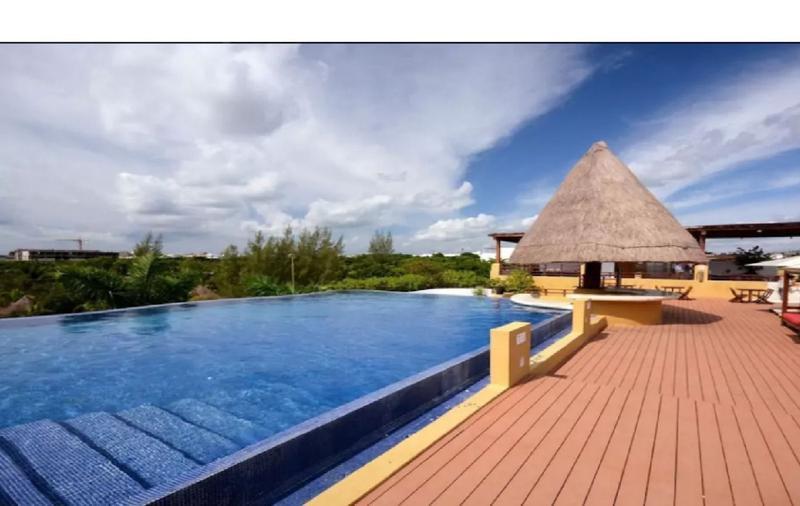 Playa del Carmen Apartment for Sale scene image 3