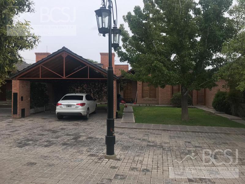 Foto Casa en Alquiler en  Capital ,  San Juan  Bº Privado Nuevo Los Alamos