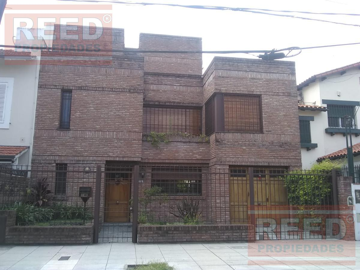 Foto Casa en Alquiler en  Martinez,  San Isidro  Arenales al 2200
