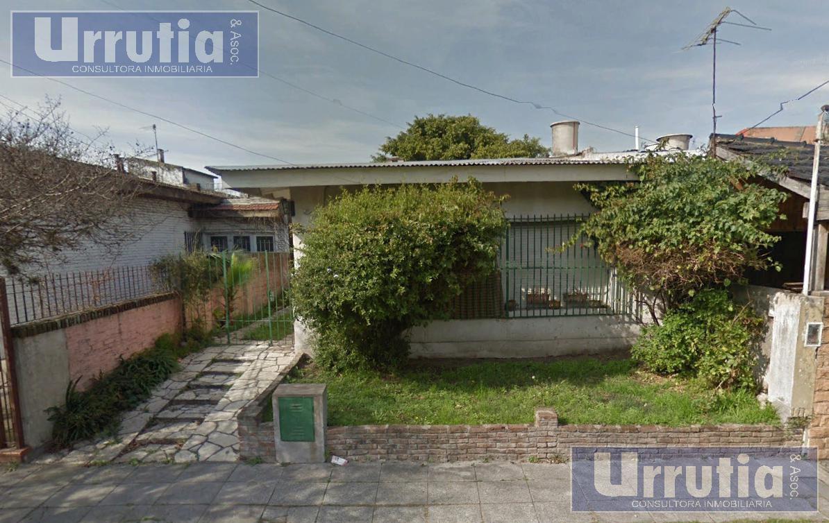 Foto Casa en Venta en  Moron ,  G.B.A. Zona Oeste  Goffins al 100