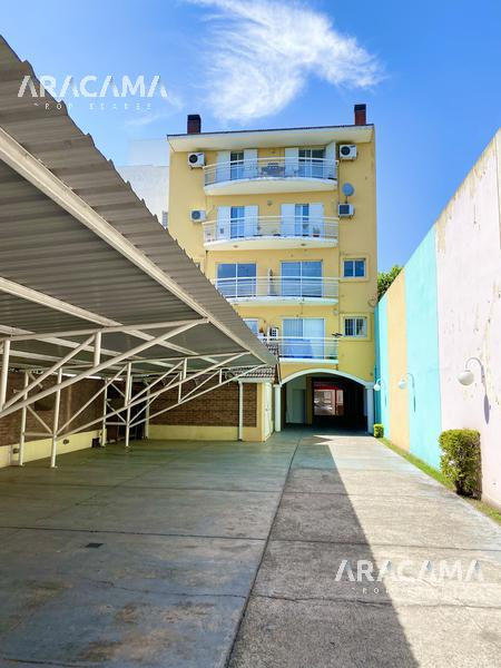 Foto Departamento en Alquiler en  Monte Grande,  Esteban Echeverria  Independencia al 200