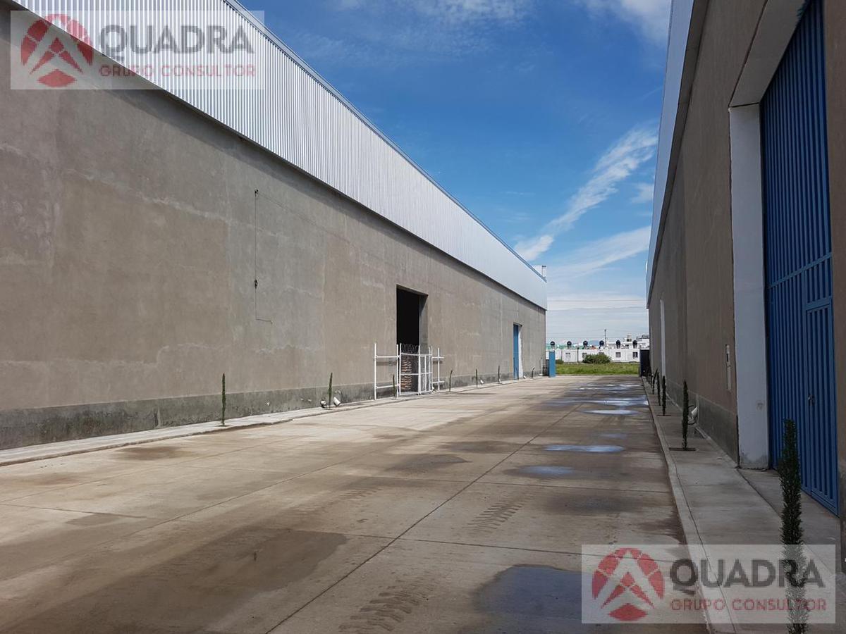 Foto Bodega Industrial en Renta en  Pueblo Sanctorum,  Cuautlancingo          Bodega en Renta en Autopista Mexico Puebla Cuautlancingo Sanctorum Puebla