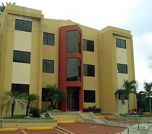 Foto Departamento en Venta   Alquiler    en  Norte de Guayaquil,  Guayaquil  FLAMANTE DEPARTAMENTO  EN LOMAS DE URDESA