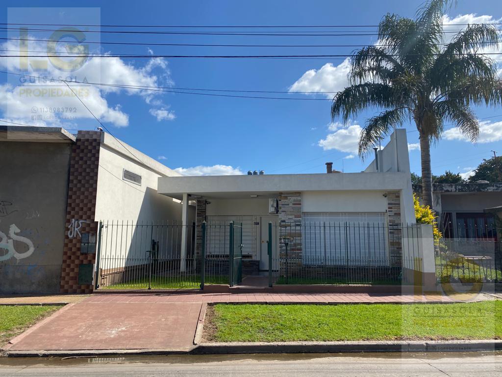 Foto Casa en Venta en  Berazategui,  Berazategui  156 2287