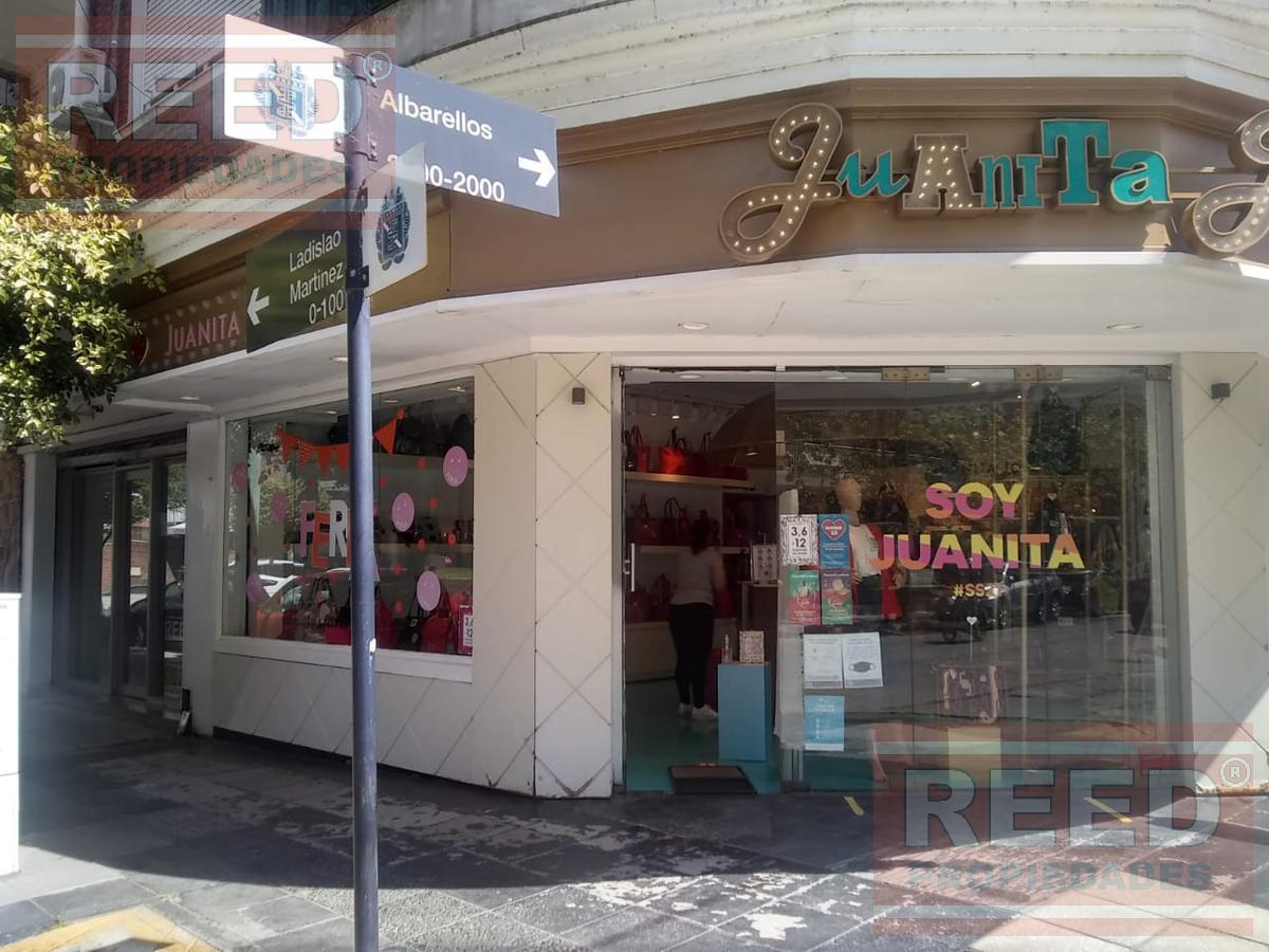 Foto Local en Venta en  Mart.-Vias/Santa Fe,  Martinez  Ladislao Martinez al 100