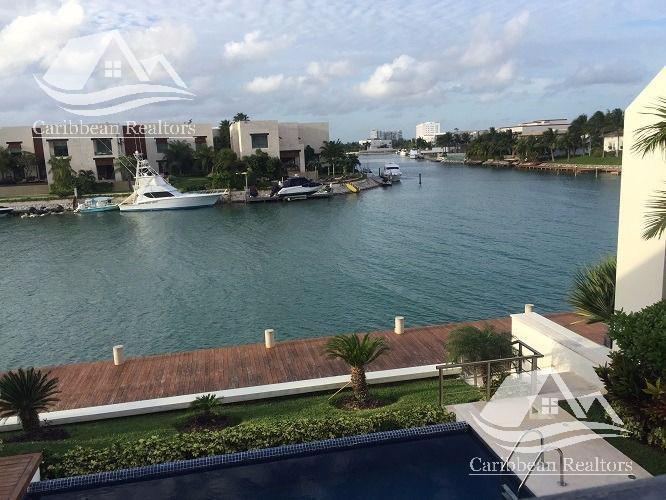 Foto Casa en Venta en  Puerto Cancún,  Cancún  Casa en venta en Puerto Cancún/zona hotelera