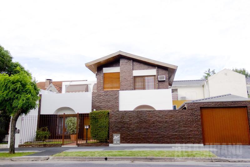 Foto Casa en Venta en  Villa Ballester,  General San Martin  Pacífico Rodríguez 5829 esq. Prof. Simon